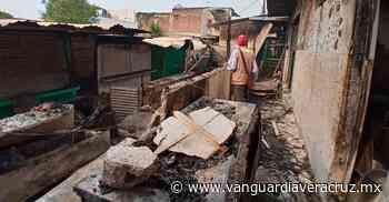 Se incendian 6 locales del mercado Guadalupe Victoria - Vanguardia de Veracruz