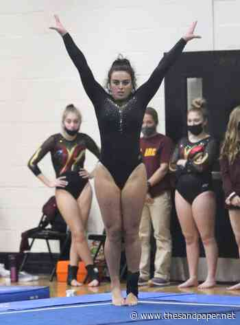Southern Gymnastics Team Delivers Its Best, Enjoys Fun of Competing Together - The SandPaper