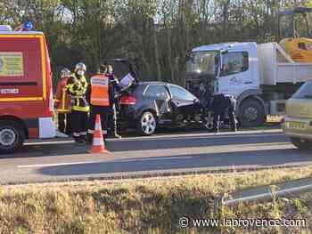 Vidéo - Accident à Caumont-sur-Durance : la D900 est actuellement coupée à la circulation - La Provence