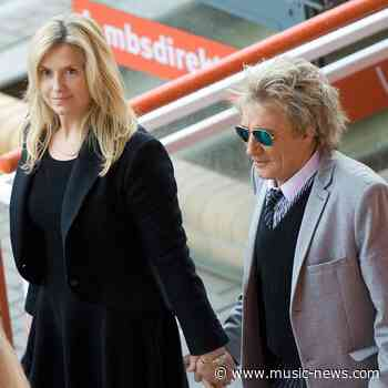 Rod Stewart buys wife a boat for her birthday
