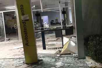 Quadrilha explode agência bancária em Jacuí, no Sul de Minas - Rádio Itatiaia