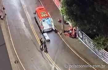 Colisão entre motos deixam duas pessoas feridas em Itabira - DeFato Online