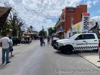 Balean a policías de Playa del Carmen que impidieron asalto a turista afuera de hotel - Galu
