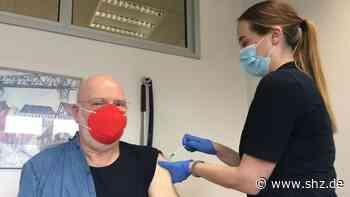 Raum Rendsburg: Hausärzte schieben Extraschichten, um Patienten gegen Corona zu impfen | shz.de - shz.de