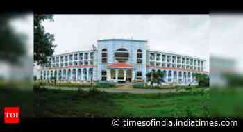 South Goa district hosp ICU full for 12th consecutive day - Times of India