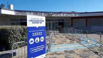 Coronavirus : déjà plus de mille personnes vaccinées au centre de Beaucaire - France Bleu