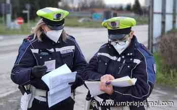 Polizia locale blocca e consegna lo scalmanato di Ponte Felcino - Umbria Journal il sito degli umbri