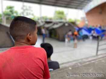 Van 19 migrantes venezolanos con covid-19 en campamentos de Arauquita - RCN Radio