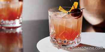 9 Classic Cocktails You Should Know How to Make, According to Pros - Food & Wine