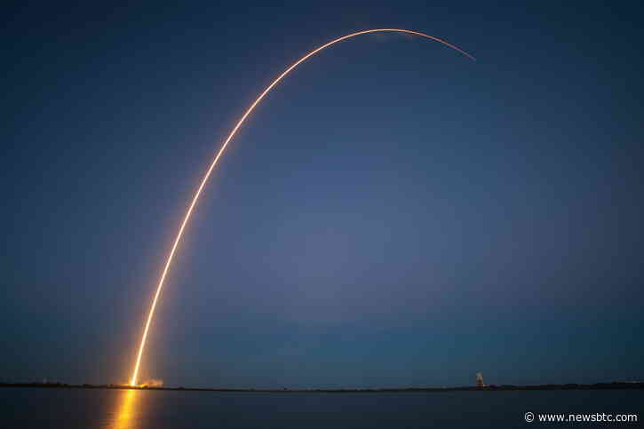 """Crypto Analyst Expects """"Escape Velocity"""" When Bitcoin Breaks $60K. Here's Why"""