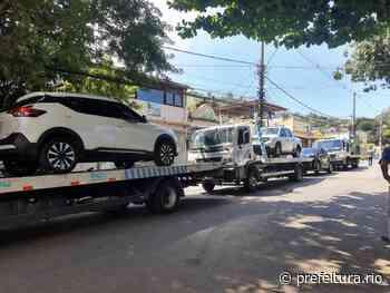 Operação demoliu imóveis irregulares e resgatou veículos roubados na Serrinha - Prefeitura da Cidade do Rio de Janeiro - prefeitura.rio - Prefeitura do Rio