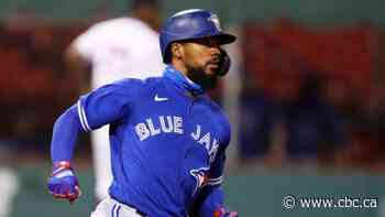 Blue Jays' Teoscar Hernandez on IL following exposure to COVID-19