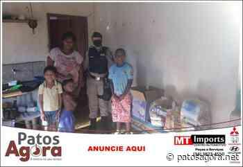 PM de Monte Carmelo entrega cesta básica pra família carente - Patos Agora