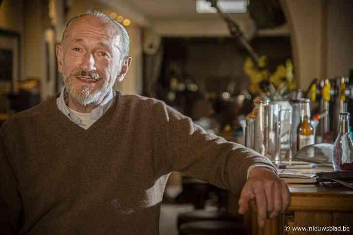 """Legendarische cafébaas stopt: """"Ik heb kanker gekregen van het kankeren"""""""