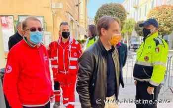 Covid, Diano Marina: visita dell'assessore regionale Scajola al centro vaccinale - Riviera Time