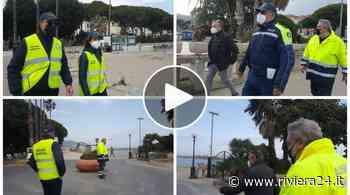 Diano Marina deserta presidiata dai vigili e dai volontari di Accademia Kronos - Riviera24