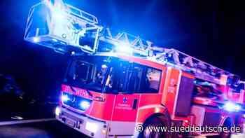 Auto brennt auf Autobahn 14 aus - Süddeutsche Zeitung