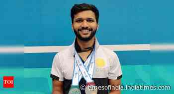 Disappointed to be dropped from TOPS: Para shuttler Sukant Kadam - Times of India