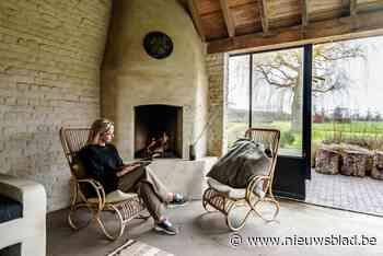 Binnenkijken in een 'afgeronde' familiehoeve met zomerhuisje (Merchtem) - Het Nieuwsblad
