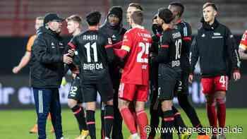 Bayers Nadiem Amiri soll schwer beleidigt worden sein: Rassismus bei Union-Sieg gegen Leverkusen? - Sport - Tagesspiegel