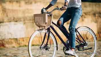 Gesund Radfahren: Sattel und Lenker lieber etwas höher