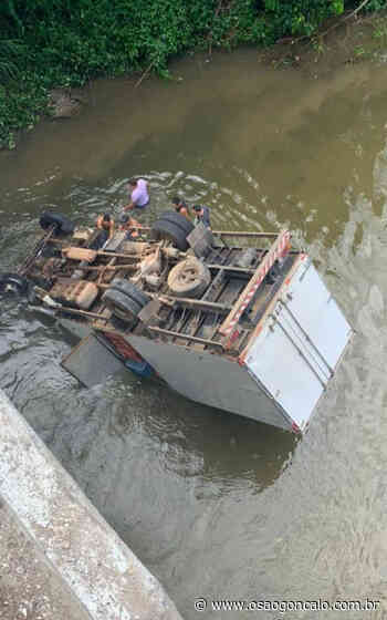 Acidente em Cachoeiras de Macacu deixa um morto e dois feridos - O São Gonçalo