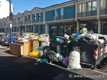 BEINASCO - La protesta del quartiere Fornaci per la gestione dei cassonetti dei rifiuti - TorinoSud