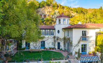 The Art Inside Aaron and Sam Taylor-Johnson's $7.5 M. Historic Hollywood Hills Home - ARTnews