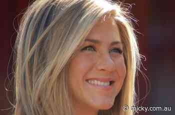 Jennifer Aniston secretly hung out with John Mayer before pandemic: Rumor - Micky News