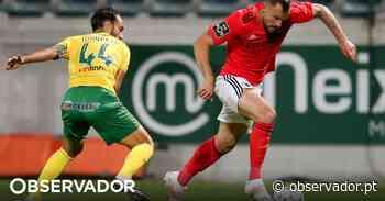 Benfica goleia o P. Ferreira e não deixa fugir o FC Porto (0-5) - como aconteceu - Observador