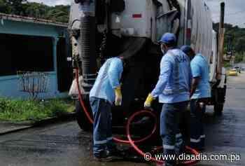 Residentes en Puerto Pilón se quejan de aguas servidas - Día a día