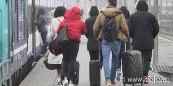 Auf dem Weg nach Hamburg: Zug nach Corona-Ausbruch evakuiert - Hamburger Morgenpost