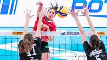 Nach Sieg gegen die Roten Raben Vilsbiburg: Volleyballerinnen des SC Potsdam stehen im Halbfinale - rbb24
