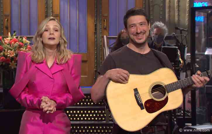 Watch Marcus Mumford gatecrash wife Carey Mulligan's 'SNL' monologue
