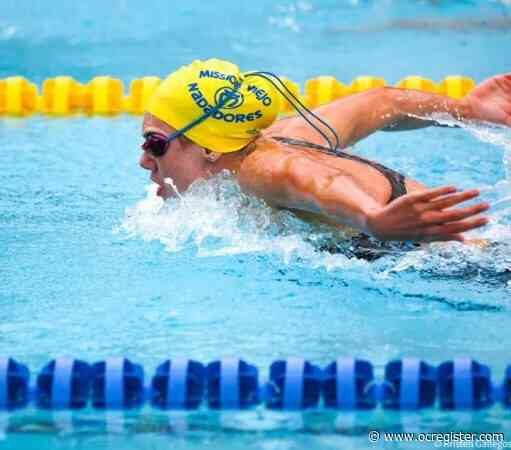 Tesoro's Katie Crom captures 200 butterfly at TYR Pro Swim in Mission Viejo