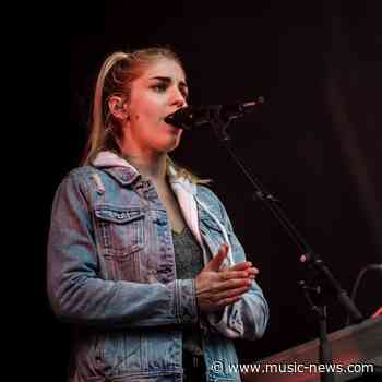 London Grammar star Hannah Reid nearly quit music two years ago