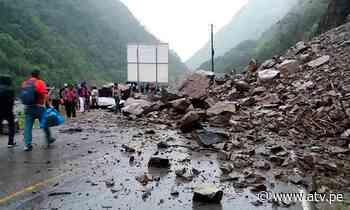 Tarma: Carretera Central bloqueada por caída de huaicos y derrumbes - ATV.pe