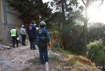 Alud en San Bartolo Ameyalco sepulta a tres obreros; hay un muerto - La Jornada
