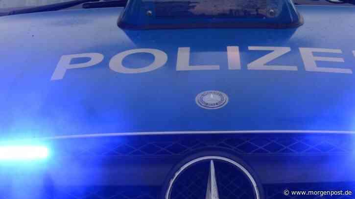 Waltersdorf: Mann stürzt mit Gabelstapler in Aufzugsschacht - Berliner Morgenpost