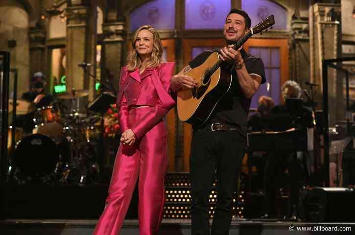 Marcus Mumford Crashes Carey Mulligan's 'Saturday Night Live' Monologue: Watch