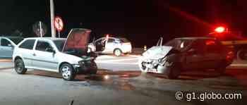 Cinco ficam feridos em batida frontal na Via Dutra, em Itatiaia - G1