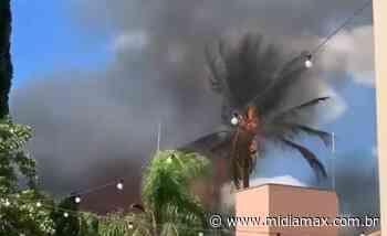 VÍDEO: Em minutos, incêndio se alastra atinge casas no Lagoa Itatiaia - Jornal Midiamax