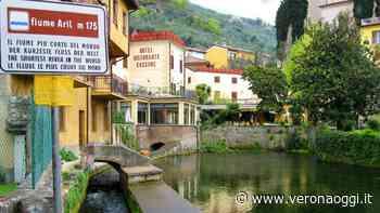 Forse non tutti sanno che… a Malcesine si trova il fiume più corto al mondo - veronaoggi.it