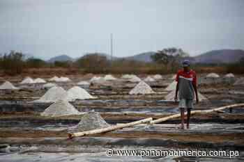 El Sala'o de Aguadulce sobrevive en un mar de sal provocado por la pandemia - Panamá América