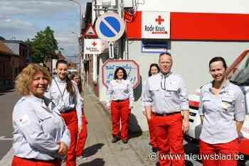 """Rode Kruis werkt aan alternatieve stickerverkoop: """"Eén jaar kunnen we overbruggen, maar geen twee jaar"""""""