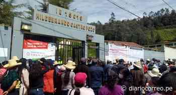 Ayabaca: Desorden total en exteriores de locales de votación - Diario Correo