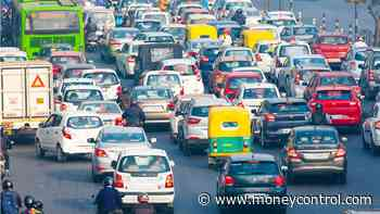 Passenger vehicle sales in India decline by over 2% in 2020-21: SIAM