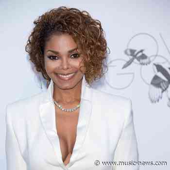 Janet Jackson putting wedding dress up for auction