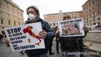 """Roma blindata, i manifestanti a piazza San Silvestro: """"Siamo lavoratori, non criminali"""". Montecitorio off limits"""