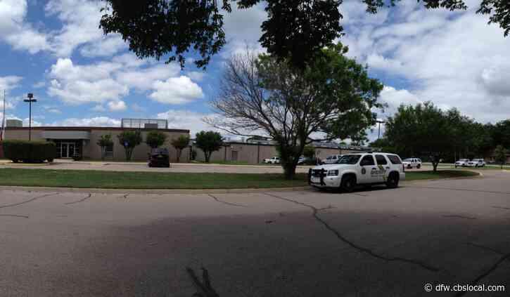 Law Enforcement Finds 2 Dead Men Inside Abandoned School In Parker County
